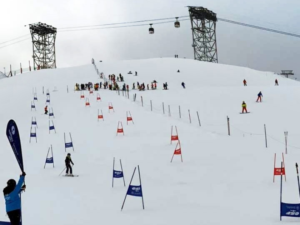 Independent School Ski Championships